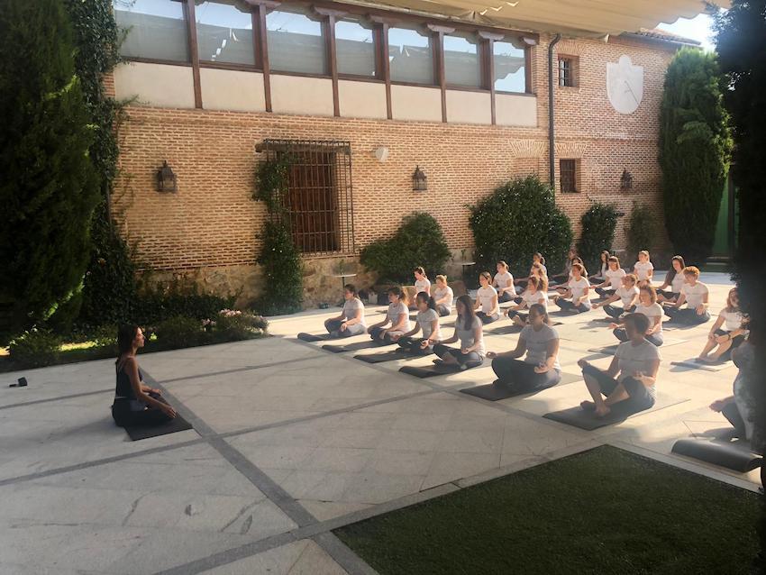 Evento y actividad Wellness en los espacios para eventos en Madrid de El Antiguo Convento.